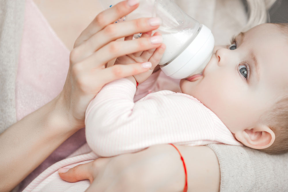 Feeding baby correctly